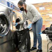 tips laundry kiloan supaya bebas aman covid-19 corona